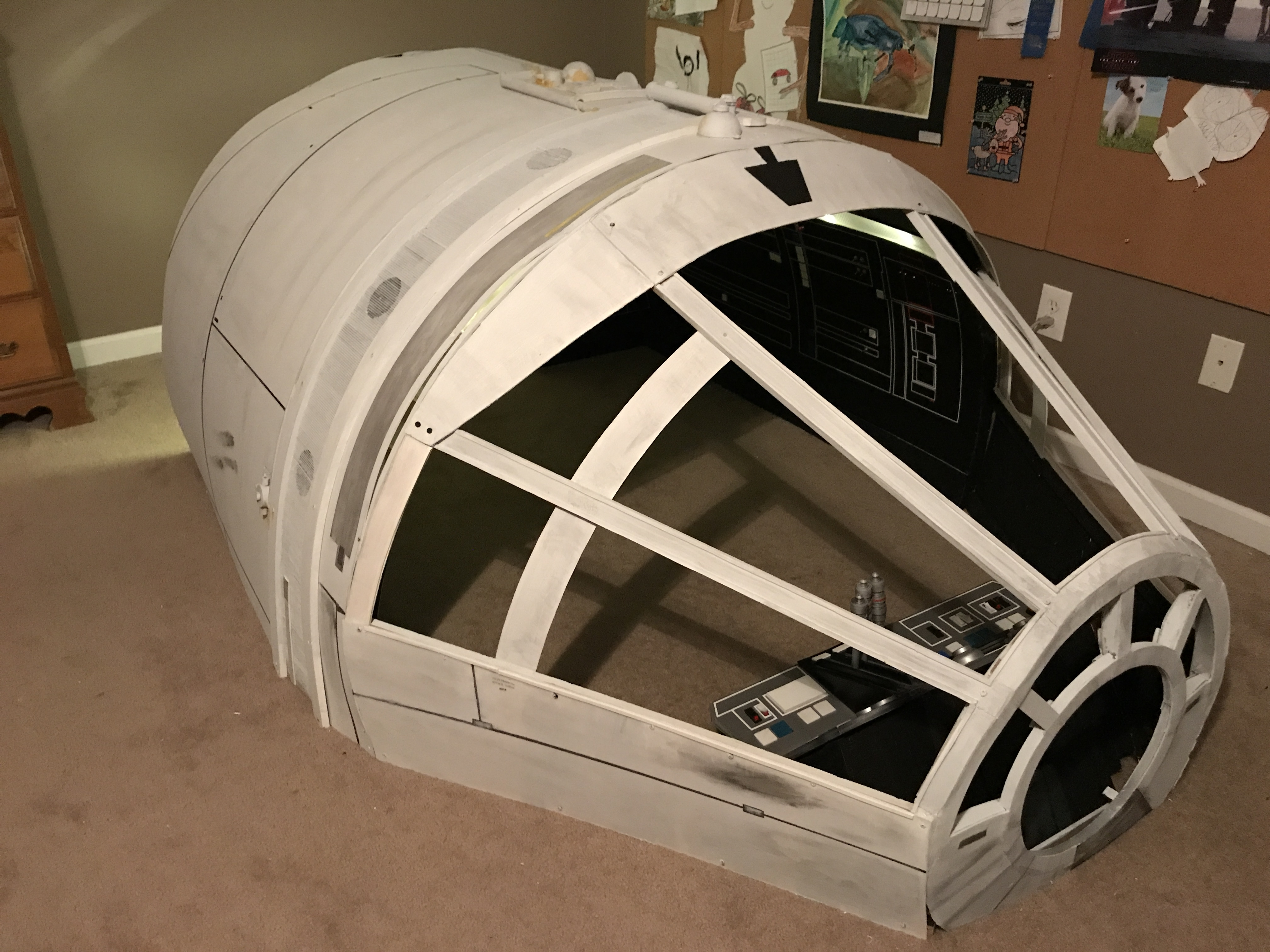 Millennium Falcon Playhouse – New and Improved Version